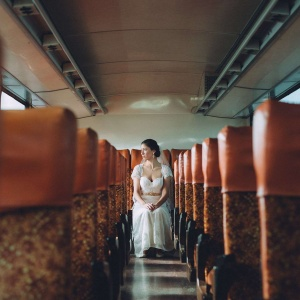 Iconic bridal photo on Bus